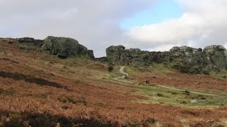 West Yorkshire Country Walk - Lower Wharfedale - Cow and Calf Rocks and Ilkley Moor round