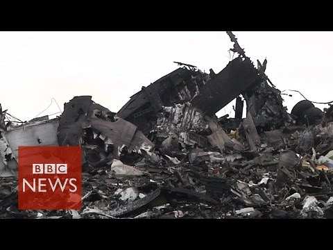 'Scene from hell' after Malaysian jet crash in Ukraine - BBC News