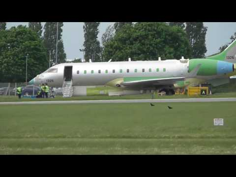 Rare UAE  Modified Bombardier Global Express 6000 GLEX 1326  16May17 Cambridge UK 120p