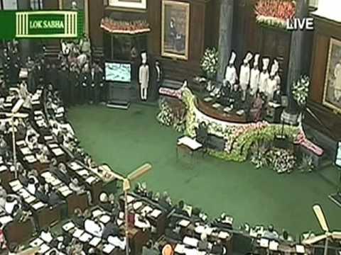 Obama Addresses Indian Parliament, Hails Relationship