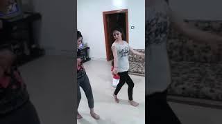 اجمل رقص بنات في الحجر الصحي رقص يخبل ((لاتنس الاشتراك بالقناه لون ح))