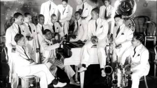 Earl Hines and his Orchestra   Everybody loves my baby   1929