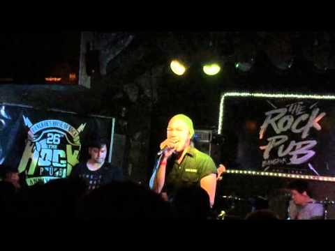 Meeting KoRn Thailand (Outro Cover) @TheRockPub
