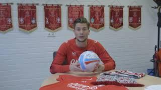 Vang een gesigneerde bal na FC Twente - PSV