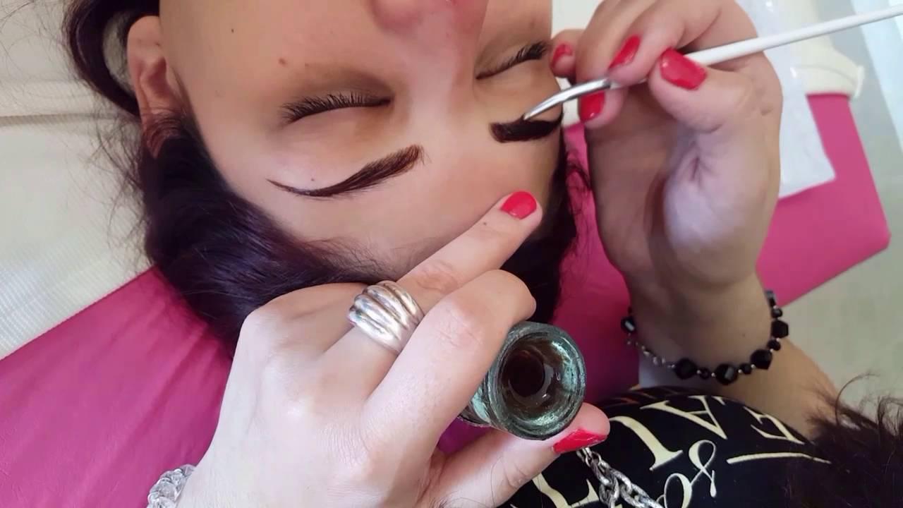 9a8f9f1083 Maquillaje semipermanente de cejas con henna - YouTube