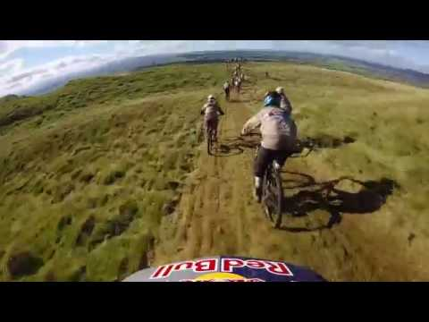Rachel Atherton overtakes 144 women at the Red Bull Foxhunt