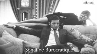 Play Sonatine Bureaucratique
