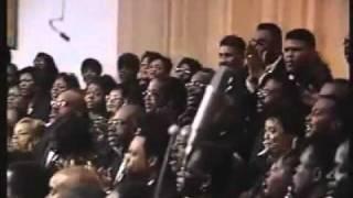 Detroit Mass Choir - Climbing Up The Mountain/Hallelujah