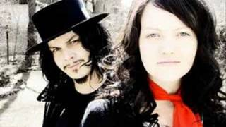 the white stripes-fell in love with a girl lyrics