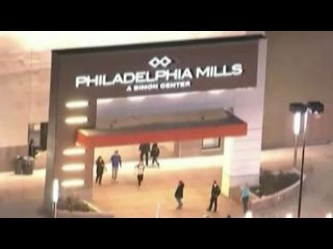 Four arrested in planned Philadelphia mall fight