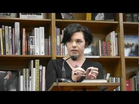 Night Circus Author Erin Morgenstern talks about NaNoWriMo and more !