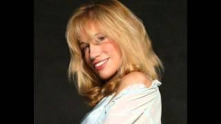 Watch Carly Simon In Pain video