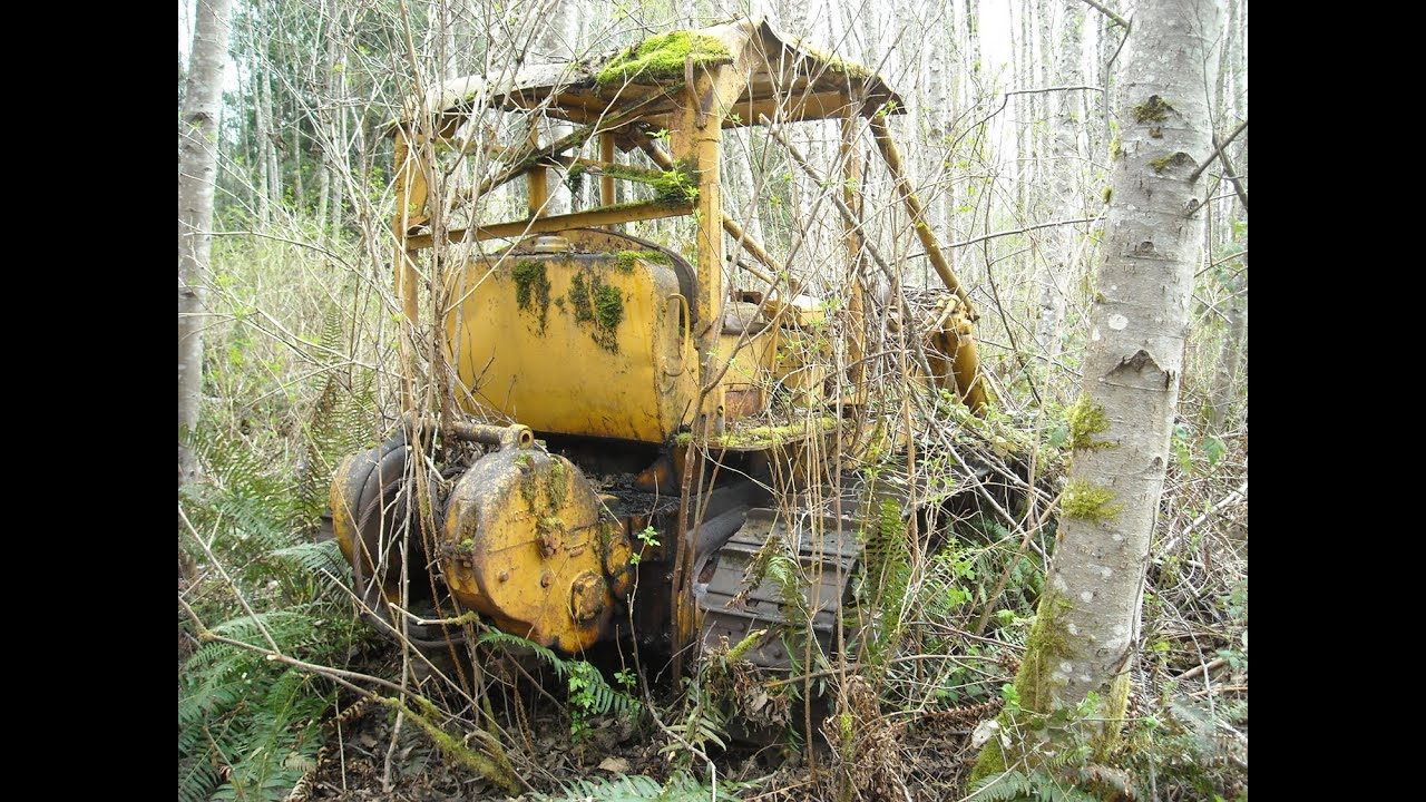 Old John Deere 400 Amp Caterpillar D6 Dozer In The Weeds