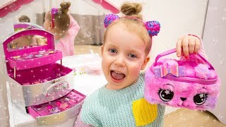 Gaby Pretend Play Dress Up and MakeUp Toys for Girls