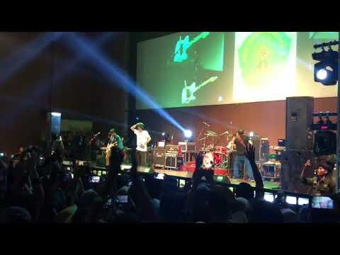 "Pejantan Tangguh ""sheila On 7"" Live At Sportorium UMY"
