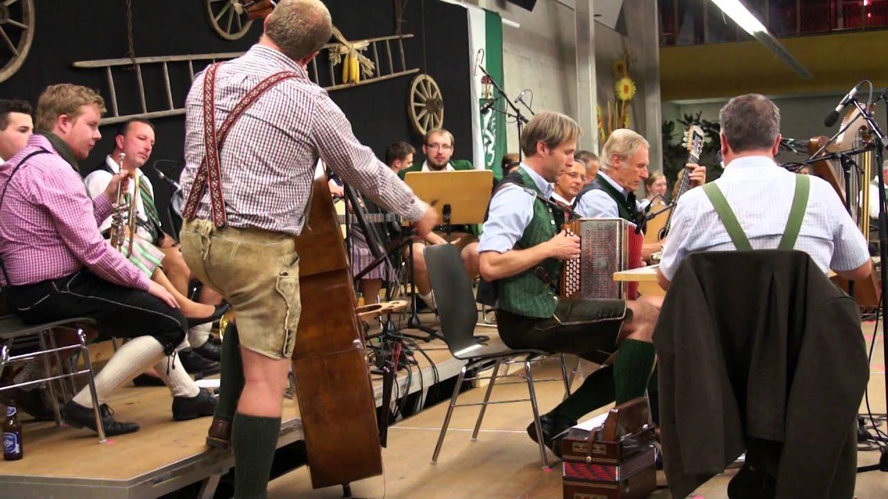 Musik im Zentrum der Betrachtung - Voitsberg - carolinavolksfolks.com