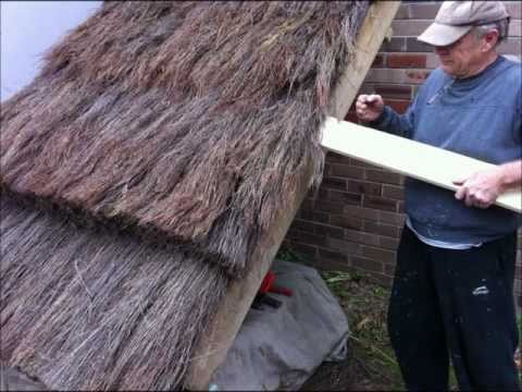 How To Build A Thatch Roof, UK European style