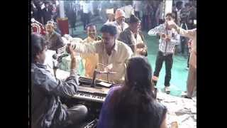 Superb Kirtidan Gadhvi & Urvashi Radadiya Ras-garba with kutchi lok geet...