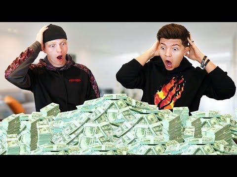 We Get $200,000 From MrBeast If We Win... (Preston vs Unspeakable Battle Royale)