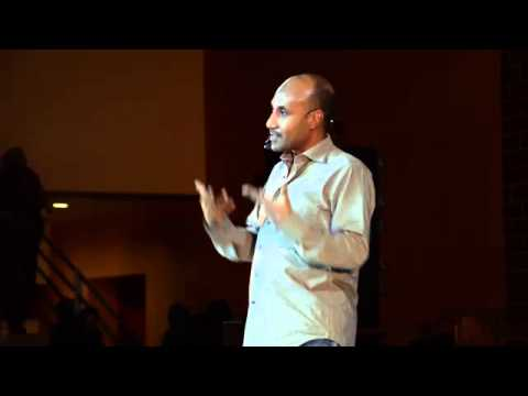 Women's stories and fashion in twentieth century Khartoum: Akram Abdelgayoum at TEDxSobaWomen