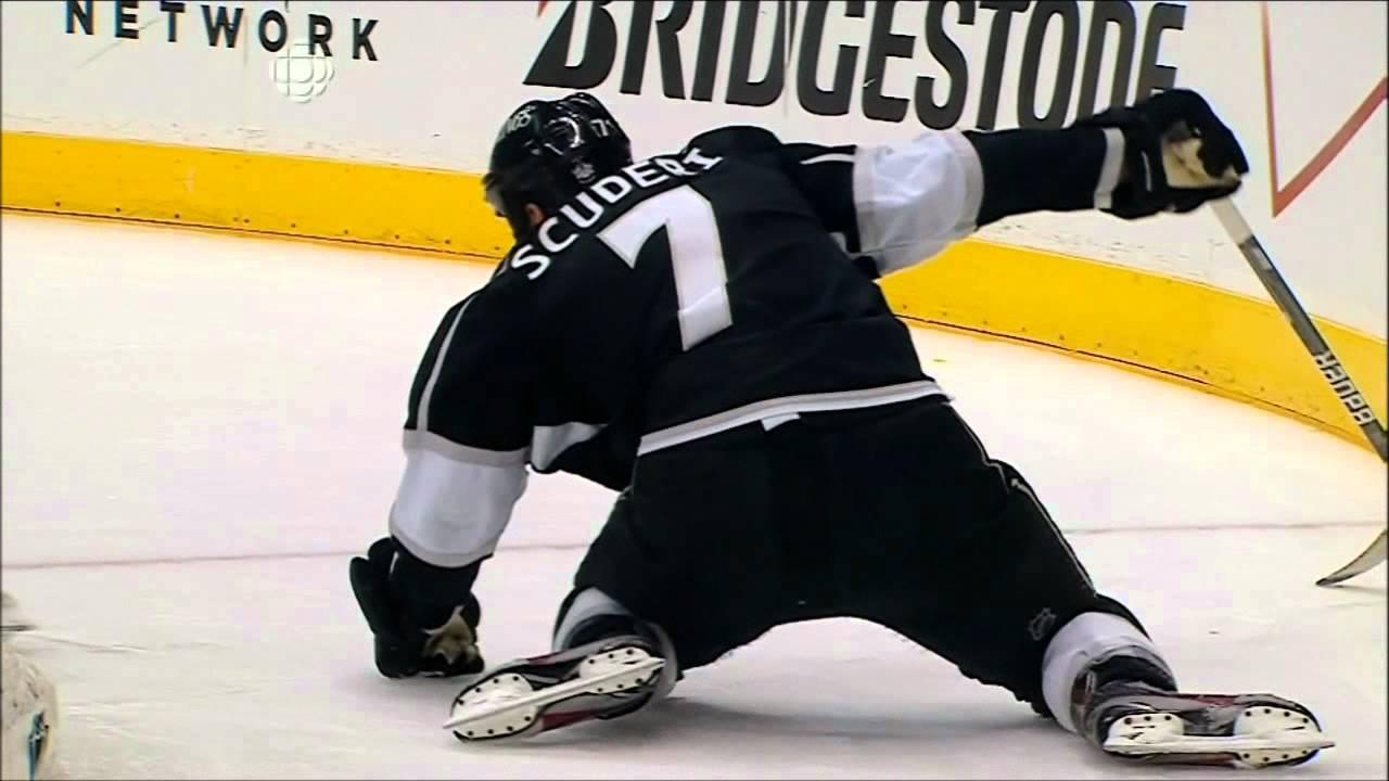 16e011b9eb0 Steve Bernier Boarding Major Penalty! Game 6 Stanley Cup Finals Devils @  Kings