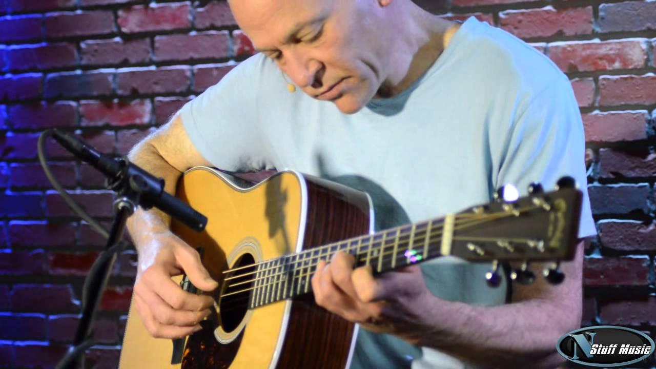 Martin Hd 28 Acoustic Guitar Youtube