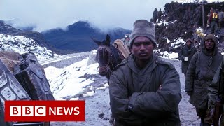 Chinese and Indian troops 'clash' in disputed border area - BBC News