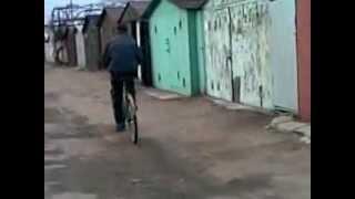 пьяный балерун на велосипеде(, 2012-09-02T10:58:29.000Z)
