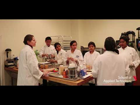 Illinois Tech School of Applied Technology Food Science and Nutrition Class at Charlie Baggs