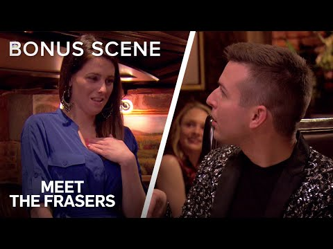 Fan Encounter Turns Into Deep Psychic Reading | Meet The Frasers | E!