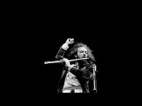 Jethro Tull -This Is Not Love