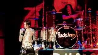 Buckcherry - Crazy Bitch (Live - Crue Fest)