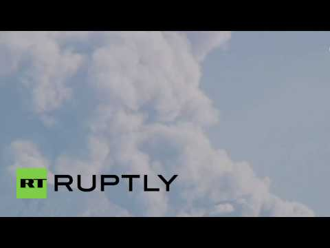 Indonesia: Mount Raung volcano spews out huge ash cloud over East Java
