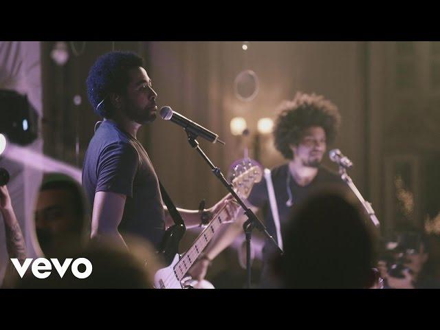 Preto no Branco - Preto no Branco (Ao Vivo) ft. Eli Soares