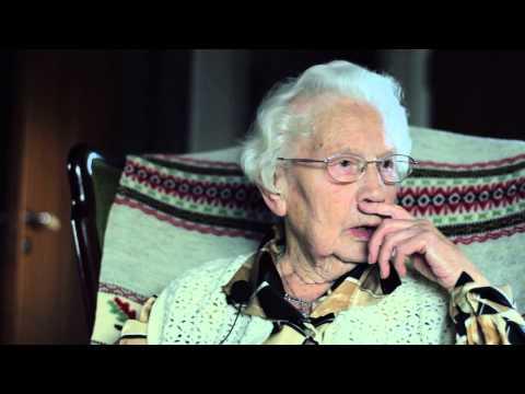 Godhet 2013 - eldre dame forteller