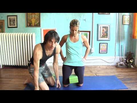 Asana Kitchen: Little Thunderbolt Understand Leg Foundation (Laghu Vajrasana)
