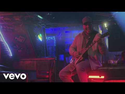 Mitchell Tenpenny - Alcohol You Later (Official Video)
