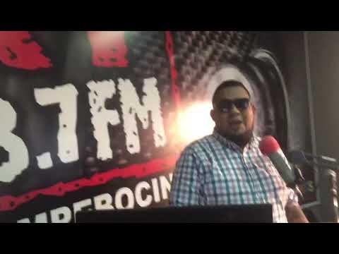 RADIO XY 98.7 FM LA ROMPEBOCINAS LA CEIBA PRESENTA AL ARTISTA BIG EXEL TALENTO CATRACHO .