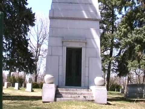 A Walk Through Detroit's Woodlawn Cemetery Part II