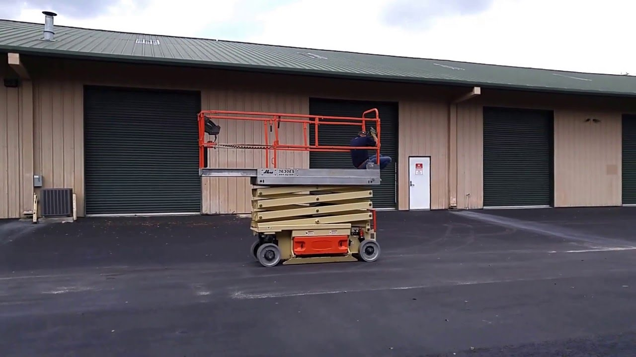 medium resolution of 2010 jlg 2630es scissor lift