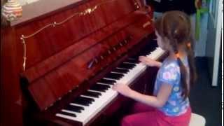 Лиза играет К Элизе- Л.Бетховен (Beethoven Fur Elise) 6 years
