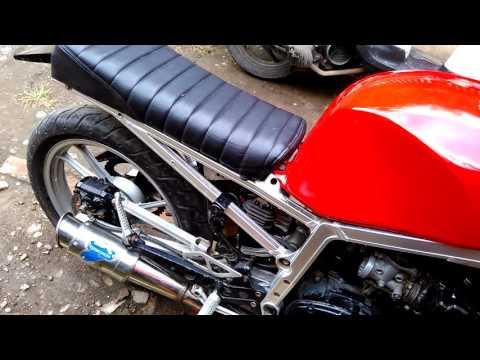 Suzuki GSX-R 400cc tahun 85