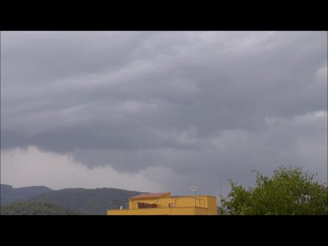 Cumulonimbus arcus apropant-se a la Garriga - Agost 2016