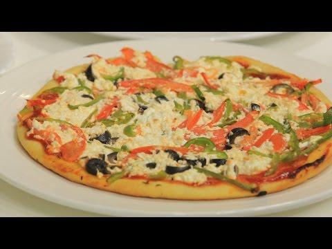 صورة  طريقة عمل البيتزا بيتزا بالجبنة والطماطم | نجلاء الشرشابي طريقة عمل البيتزا بالفراخ من يوتيوب