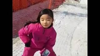 스키장에서 혼자 놀기/민스키 김민서/ 김현민 인터스키스…