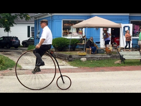 Vintage Days 2016 in historic downtown Village of Long Grove, Illinois