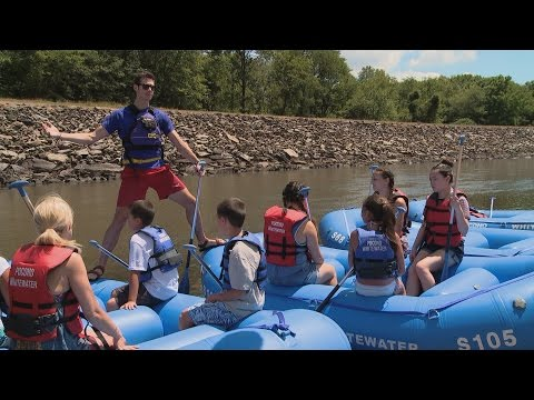 Kate Faces Her Fears And Goes Whitewater Rafting | Kate Plus 8