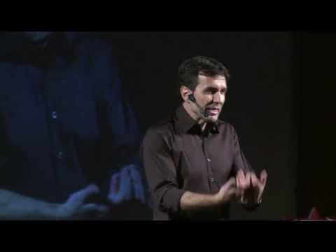 Los chicos y la lectura -- ¿enemigos íntimos? Fernando De Vedia at TEDxRioLimay