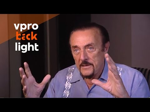 Interview with psychologist Philip Zimbardo on the Stanford Prison Experiment (VPRO Backlight)