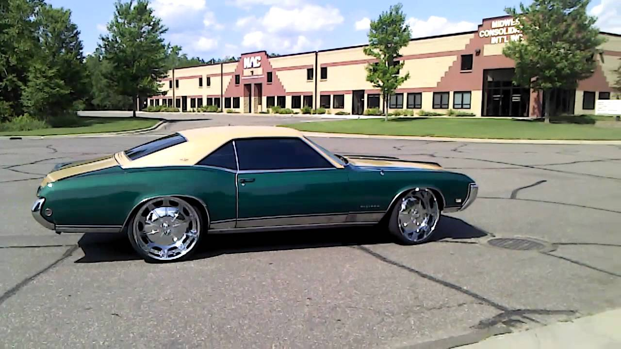 Default together with Buick Riviera 2015 further Watch in addition 1968 Pontiac GTO Pictures C8409 pi12774551 in addition File 1964 Buick Electra 225 sedan rear right. on 1965 buick skylark